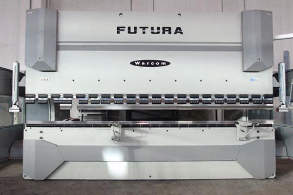 camyfersnc-macchinari-piegatrice-futura