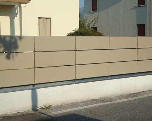 camyfersnc-realizzazioni-galleria-recinzione-esterna-marrone