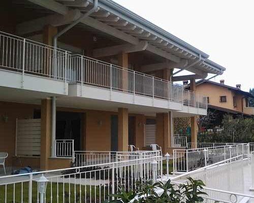 camyfersnc-realizzazioni-galleria-rignhiere-balconi-esterno