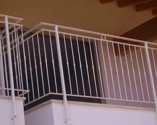 camyfersnc-realizzazioni-galleria-ringhiera-balcone